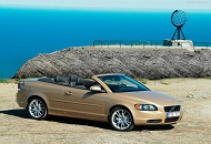 Rent Volvo C70 in Dubai Image
