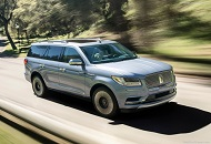 Lincoln Navigator, an Elegant and Luxurious Car Image